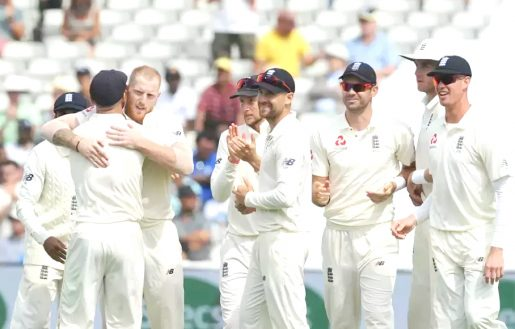 England roar back