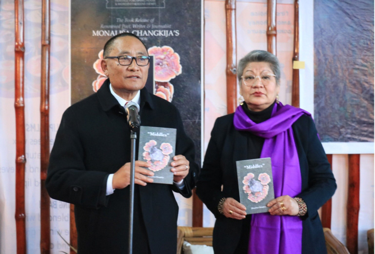 Monalisa's book 'Middles' released