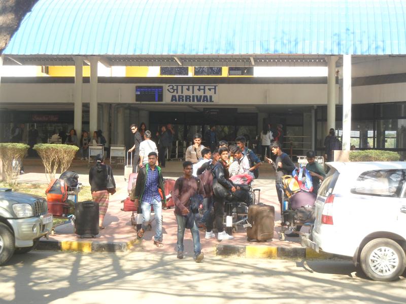 NIT students at airport