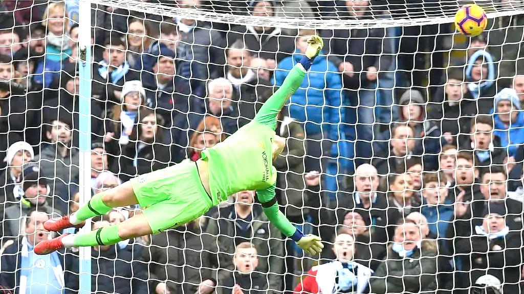 Manchester City thrash Chelsea