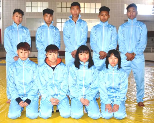 Naga wrestlers