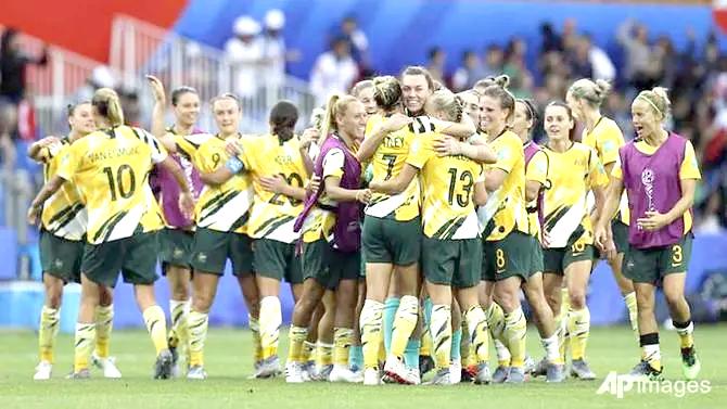 Australia fight
