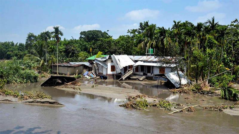 Flood toll in Assam, Bihar, M'laya crosses 100; red alert in 3 Kerala districts for heavy rains