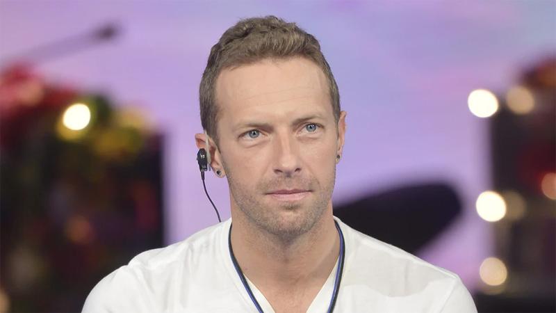 Coldplay's Chris Martin 'struggled with homophobia'