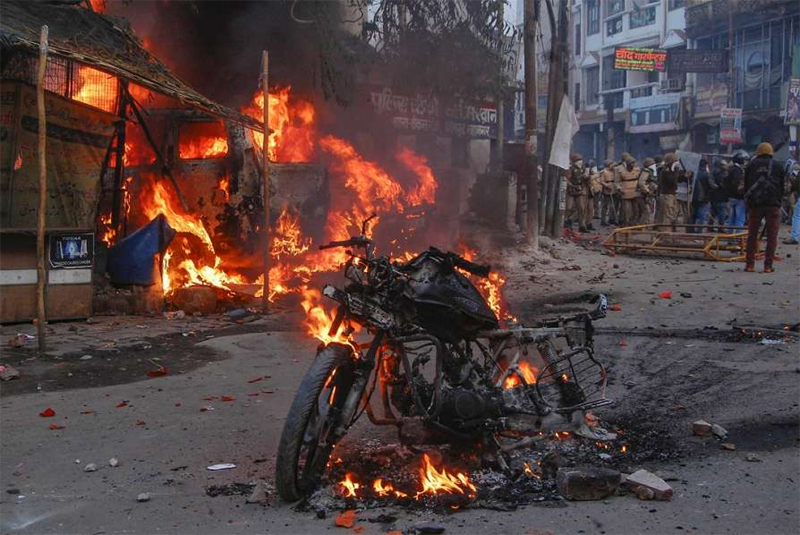 More violence in UP, death toll climbs to 16; protesters indulge in vandalism during Bihar bandh