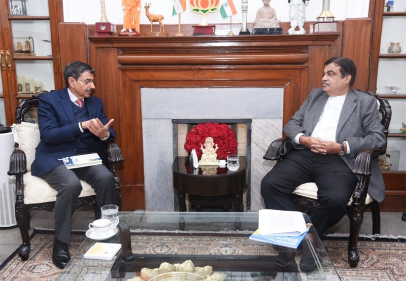 Ravi meets Gadkari; discusses NHIDCL projects in State