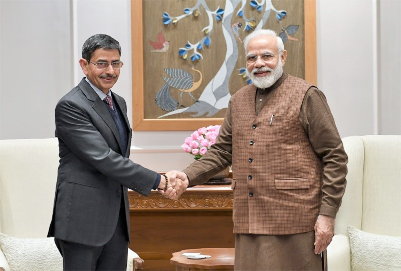 State Governor meets Modi