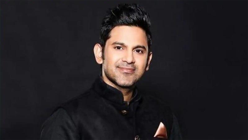 Teri Mitti lyricist Manoj Muntashir vows to never attend award shows