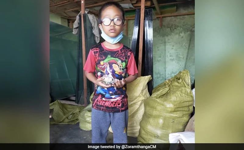 Mizoram boy donates