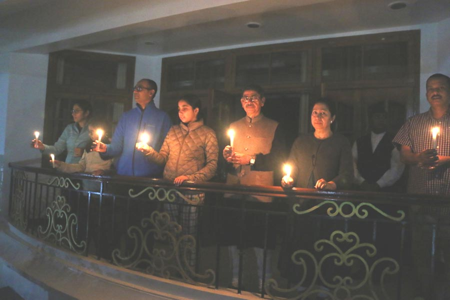 Millions of Indians respond to PM's appeal; light candles, diyas, turn on mobile phone torches