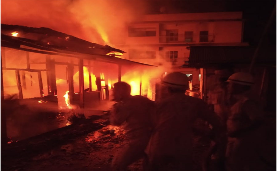 Fire at Circuit House colony