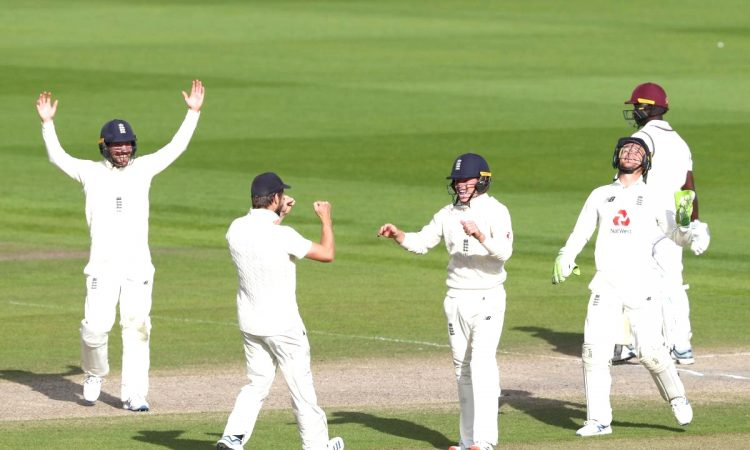 England thrash West Indies