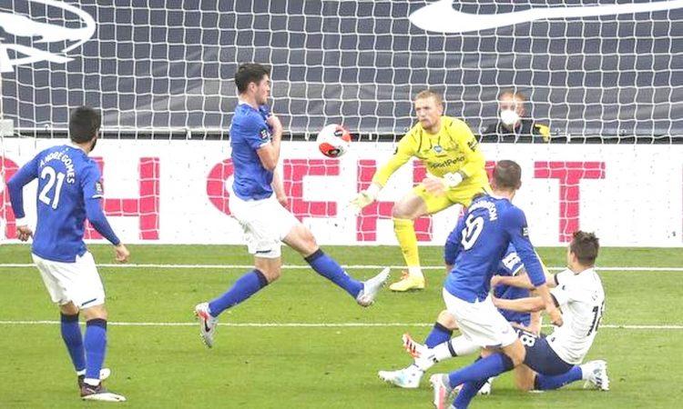 Keane own goal