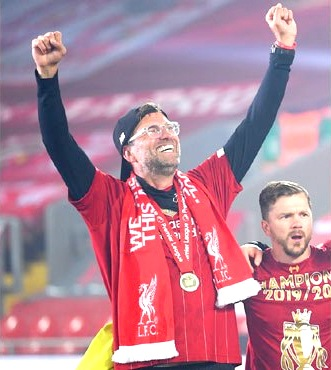 Liverpool's Klopp wins LMA 'Manager of the Year' award