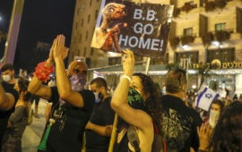 'Your time's up': Protesters target Israel PM Benjamin Netanyahu over jobs, COVID-19