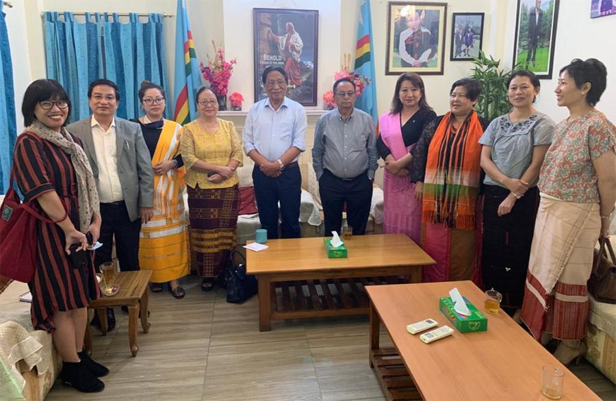 Naga women delegation with Muivah