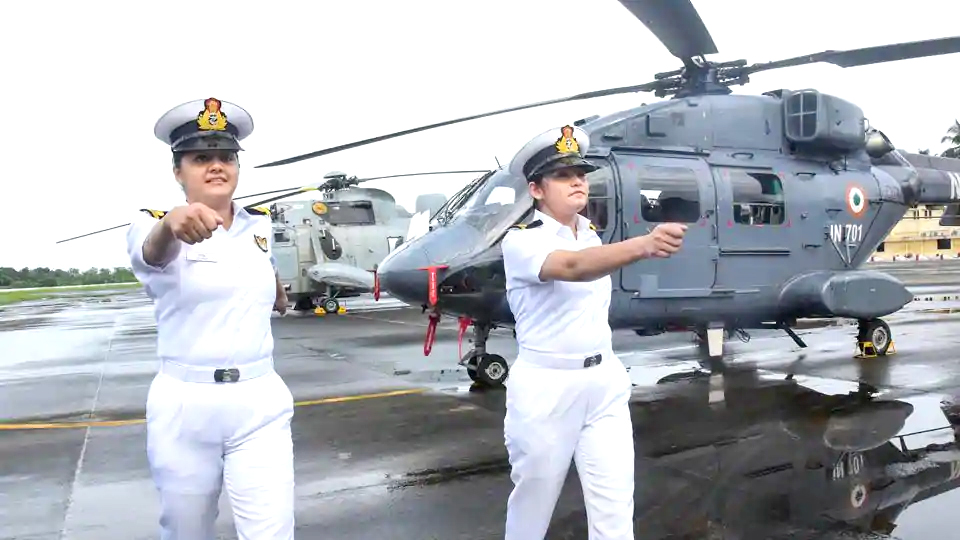 Women Navy officers