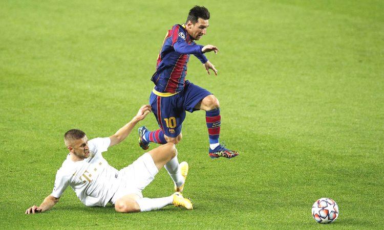 Barcelona thump Ferencvaros