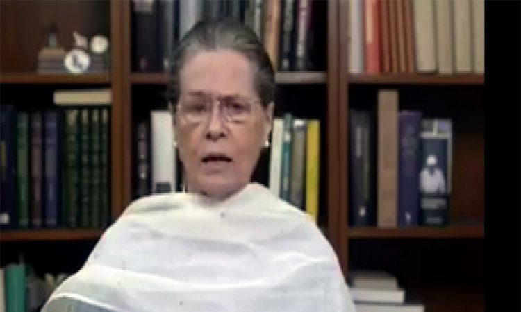 Sonia on farmers agitation