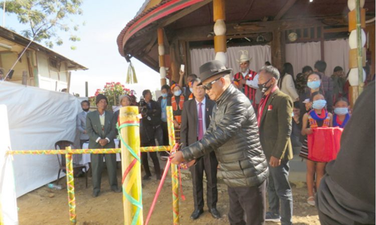 C.L. John unveiling the monolith of Chen Union Aboi Paan morung at Aboi
