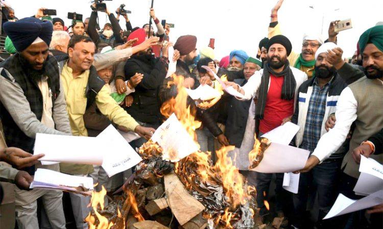 farmers burn copies