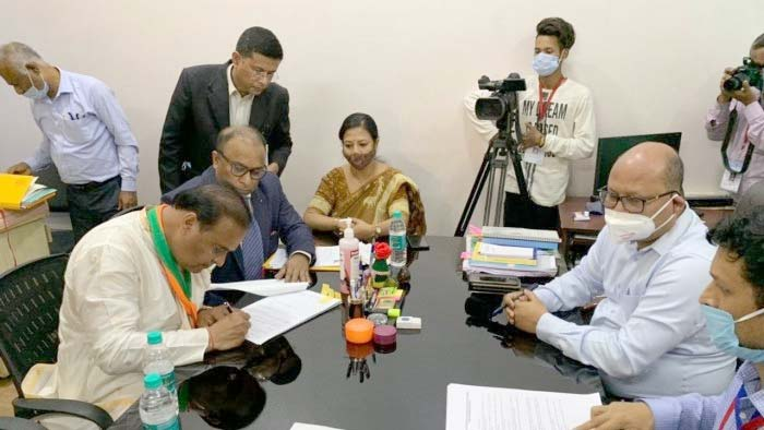 Himanta files nomination