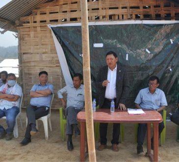 Namri Nchang and others visits Lamhainamdi Village
