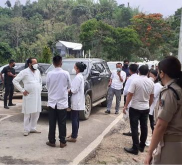 Dy. CM and others visits CCC at CHC Bhandari